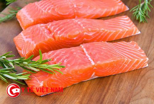 Cá hồi có tác dụng rất tốt trong việc tái tạo tế bào da