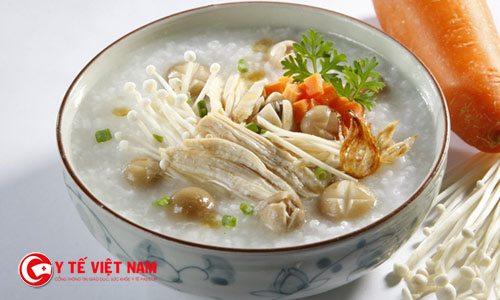 Hạt sen được sử dụng làm món ăn hàng ngày