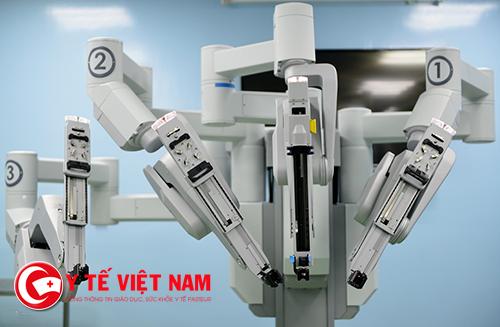Cận cảnh hệ thống Robot phẫu thuật
