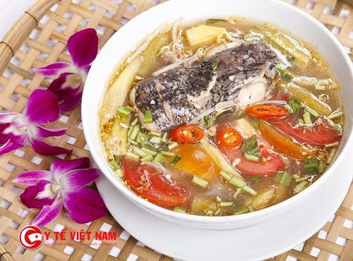 Canh chua cá lóc có tính mát rất tốt cho việc điều trị bệnh