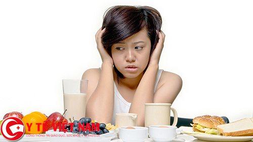Chán ăn, sút cân là triệu chứng của bệnh viêm đại tràng co thắt