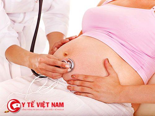 Đa ối  khi mang thai có thể gây nguy hiểm cho cả mẹ và bé