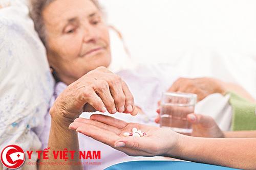 Dùng thuốc điều trị triệu chứng bệnh rối loạn nhịp tim