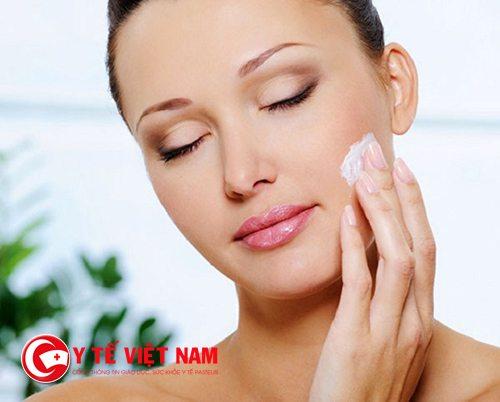 Dưỡng ẩm da giúp da đẹp hơn mỗi ngày