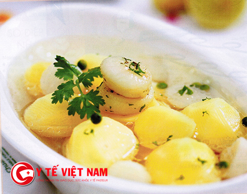 Khoai tây là thực phẩm không nên để trong lò vi sóng