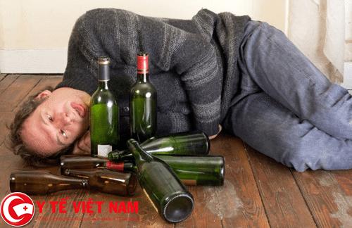Nghiện rượu nguyên nhân gây ra bệnh ung thư lưỡi