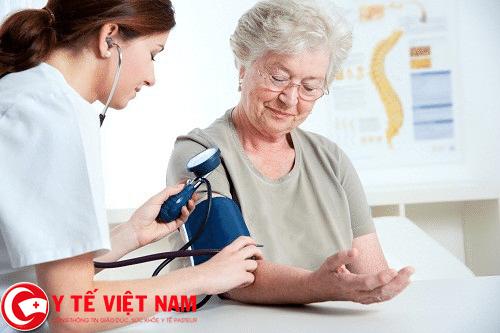 Tăng huyết áp nguy cơ gây bệnh suy thận ở người già