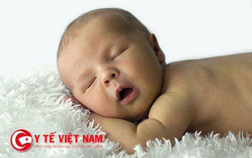 Trẻ sẽ ngủ ngon hơn mỗi ngày nhờ những thói quen mà mẹ tạo ra
