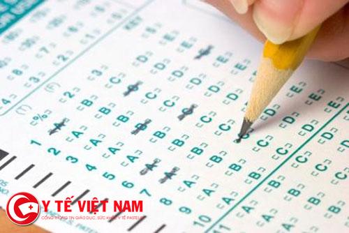 Thầy và trò phải chật vật với những kiểu đề thi trắc nghiệm