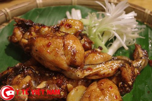 Thịt ếch món ăn bài thuốc chữa bệnh ung thư thực quản