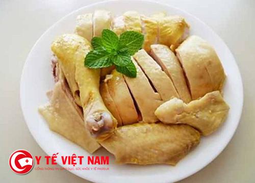 Người bị bỏng không nên ăn thịt gà