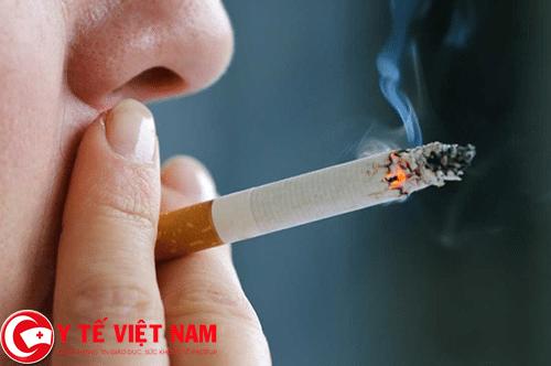Hút thuốc lá nguyên nhân gây bệnh ung thư thực quản