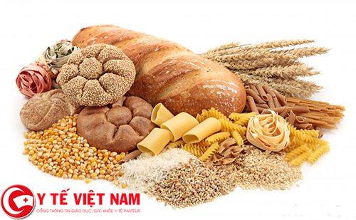 Nên ăn bánh mì, ngũ cốc và tinh bột