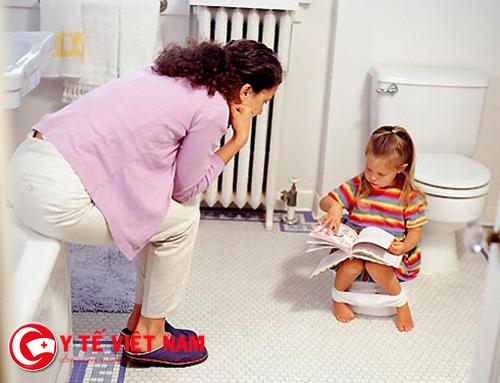 Thuốc Smecta có thể dùng được cho người lớn và trẻ nhỏ