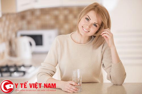 uống ít nước nguyên nhân gây bệnh rối loạn nhịp tim
