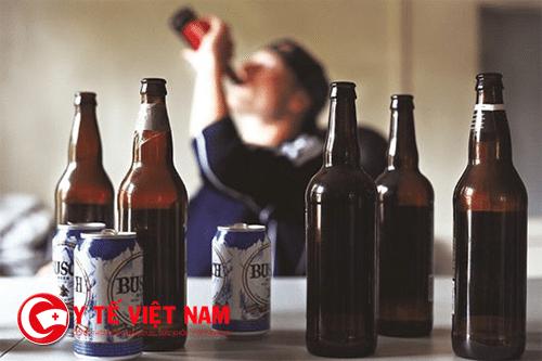 Tác hại của rượu bia rất nghiêm trọng với sức khỏe con người