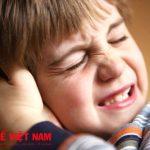 Trẻ bị thủng màng nhĩ có bị điếc không