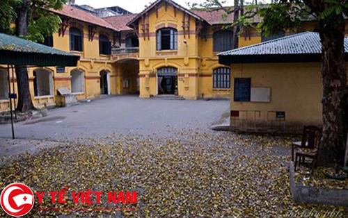 Khuôn viên trường Đại học Dược Hà Nội