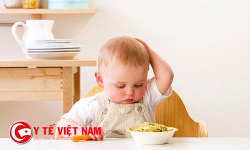 Chế độ dinh dưỡng khoa học và thói quen ăn uống cũng giúp trẻ ăn ngon miệng hơn