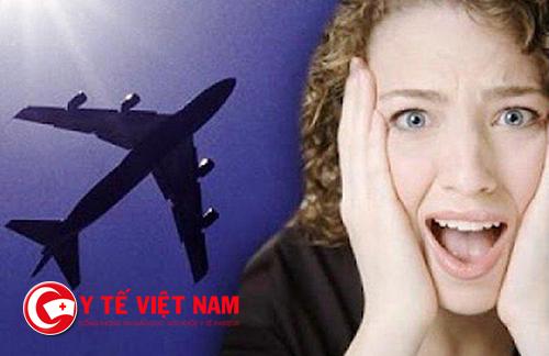 Làm thế nào để chữa đau tai khi đi máy bay?