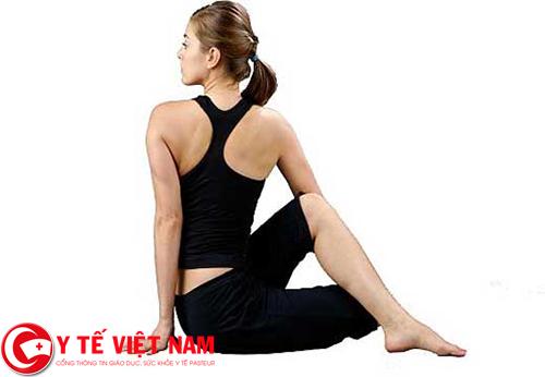 Có nhiều bài tập yoga hỗ trợ điều trị bệnh thoái hóa đốt sống cổ