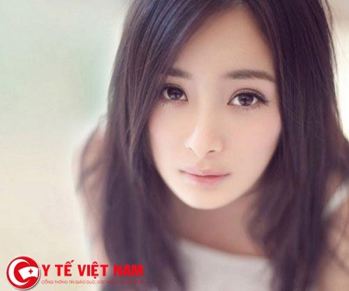 Sự khác biệt giữa bấm mí Hàn Quốc vĩnh viễn với bấm mí thông thường