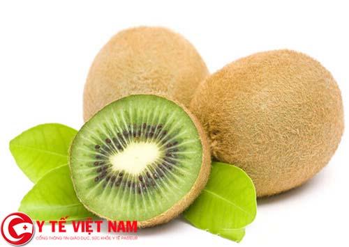 Sốt siêu vi nên ăn quả kiwi