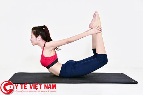 Tập yoga cách phòng bệnh gai cột sống