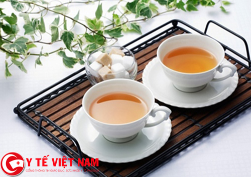 Người bị sốt rét không nên sử dụng trà