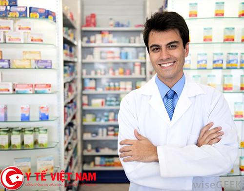 Trực bán thuốc 24/24 để đáp ứng như cầu của người dân khám chữa bệnh