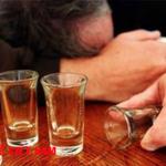 Tử vong vì ngộ độc rượu Mathanol