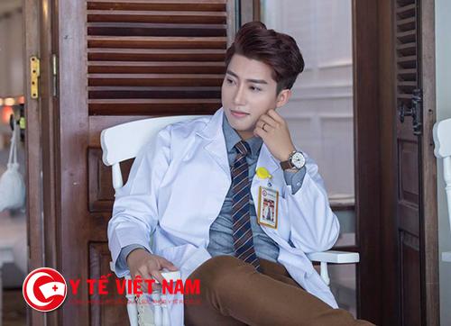 Hãy yêu với một chàng bác sĩ !