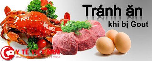 Cần hạn chế sử dụng các thực phẩm như tim, gan, nấm, lưỡi động vật, bánh kem, trứng cá...