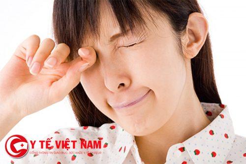 Hạn chế dụi mắt thường xuyên