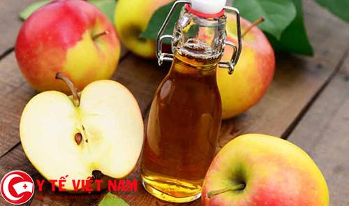giấm táo thảo dược chữa bệnh gút