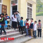 Khám chữa cho 20 trẻ bị viêm cầu thận tại Nghệ An