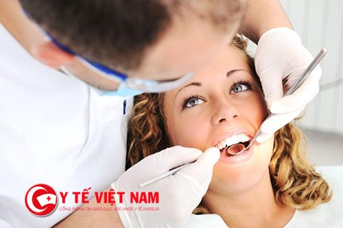 Lấy cao răng hai lần một năm để có hàm răng khỏe mạnh, trắng sáng