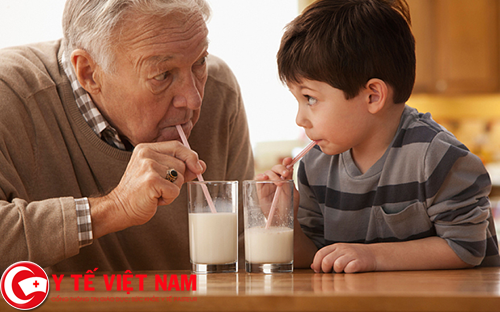 Liệu sữa có tốt cho việc điều trị bệnh gút hay không