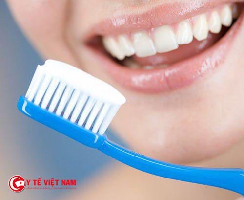 Vệ sinh răng miệng một cách hiệu quả giúp bạn có một hàm răng chắc khỏe
