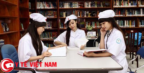 Sinh viên đại học Dược Hà Nội