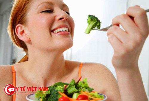 Ăn nhiều rau và trái cây