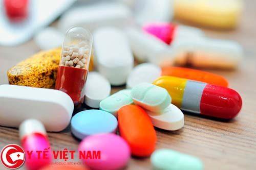 Điều trị bệnh viêm đại tràng mãn tính bằng thuốcĐiều trị bệnh viêm đại tràng mãn tính bằng thuốc