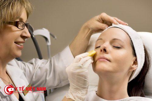 Tuyển Bác sĩ da liễu chăm sóc và điều trị các bệnh về da