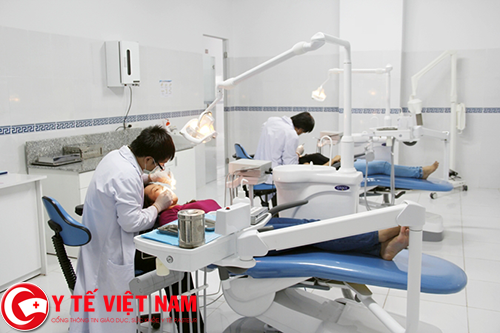 Tuyển dụng bác sĩ răng hàm mặt lương cao