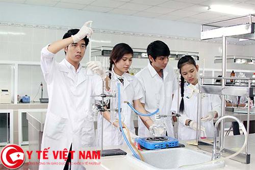 Tuyển dụng chuyên viên kỹ thuật y tế lương cao