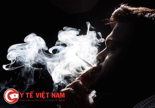 3.khoi-thuoc-la-nguyen-nhan-viem-phe-quan