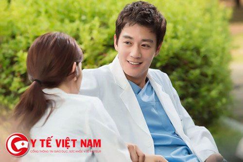 Tình yêu với bác sĩ luôn đẹp và lãng mạn
