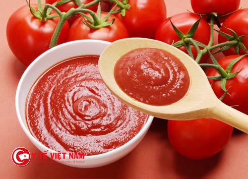 Cà chua được sử dụng hóa chất độc hại để thúc cho ca chua mau lớn và chính nhanh