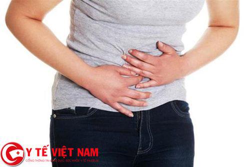 Triệu chứng đau dọc khung đại tràng