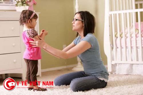 Mẹ hãy thấu hiểu những hành động của con